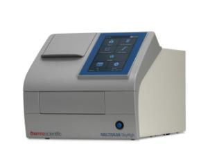 Microplate reader withtouch screen and cuvette