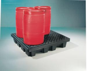 Spill containment pallets, PIG®